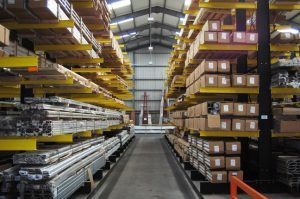 Extrusion storage on cantilever racking