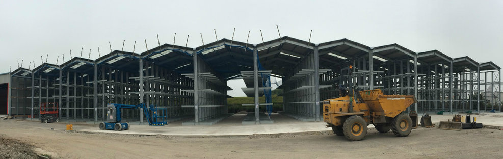 construction of cantilever racking with roof and rainwater goods