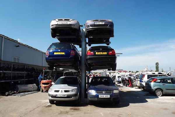 Double sided car racking with six cars